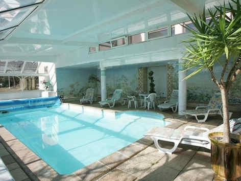 hotel-muret-seguyer-piscine.jpg