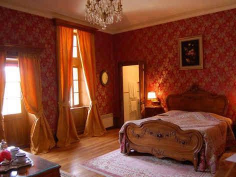 chateau-d-urbilhac-lamastre-chambre-de-n