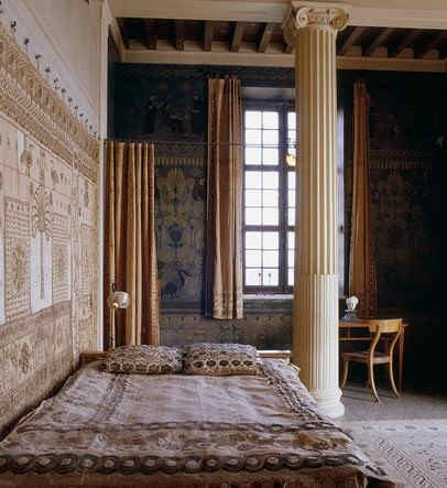 villa-grecque-kerylos-chambre.jpg