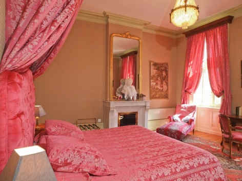 chateau-d-urbilhac-lamastre-chambre-roma