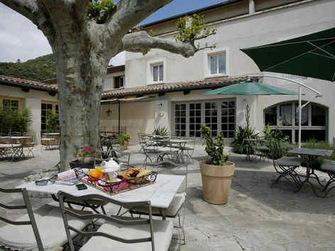 hotel-medieval-rochemaure-terrasse_9257.
