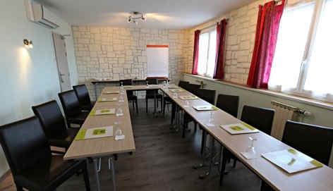 centrotel-et-spa-montmarault-salle-1er-e