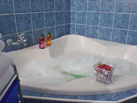 le-carmel-les-vans-salle-de-bain.jpg