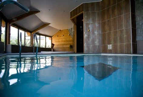 les-bartavelles-hotel-et-spa-embrun-pisc