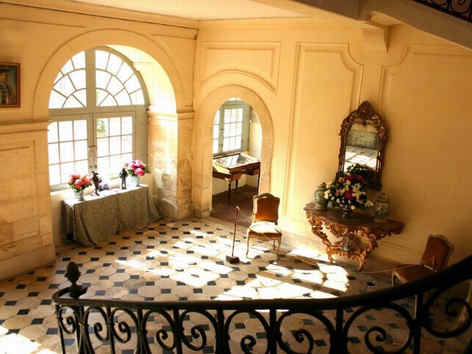 chateau-de-conde-02-escaliers_5316.jpg