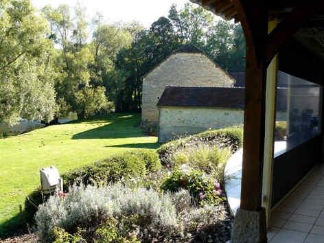 domaine-de-foolz-bourguignons-jardin_281