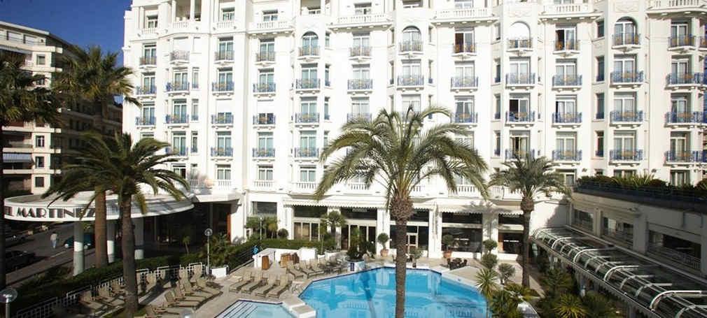 hotel-martinez-cannes-piscine.jpg
