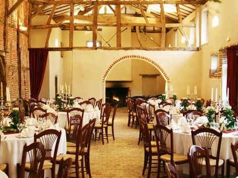 chateau-de-luponnas-banquet.jpg