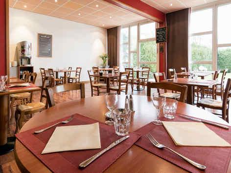 ibis-charleville-meziere-restaurant.jpg
