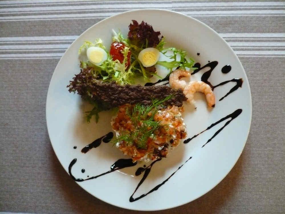 aubergesaintdidierneyronrestaurant3.jpg