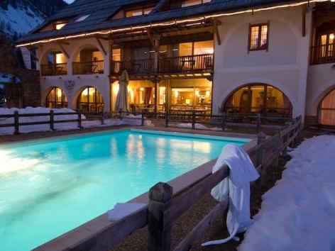 ferme-de-l-izouard-arvieux-piscine_7987.