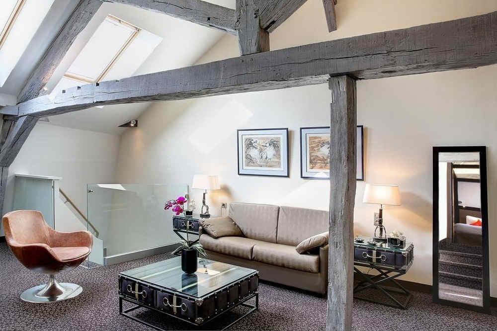 hotel-de-la-poste-and-spa-troyes-suite_5