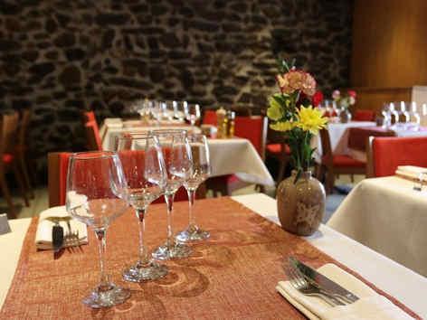hotel-de-la-mairie-embrun-tables_3271.jp