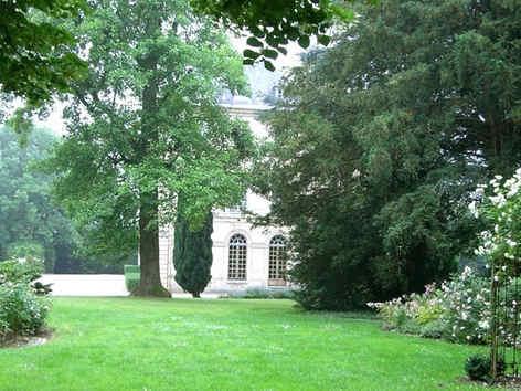 chateau-de-montgobert-jardin-exterieur.j
