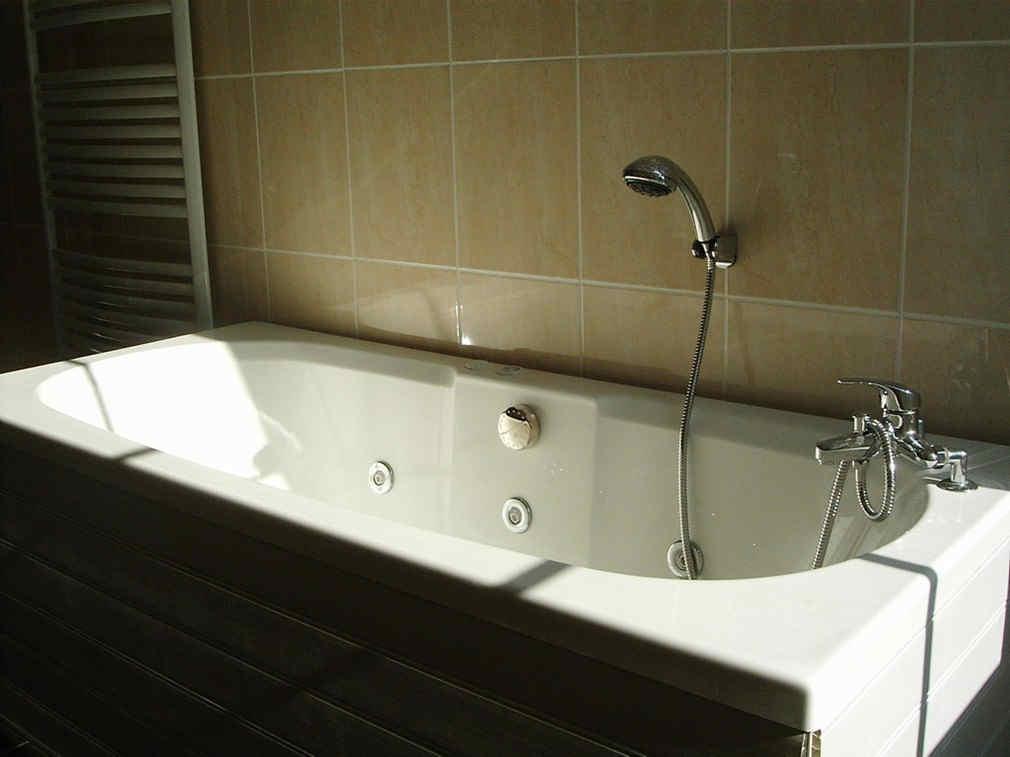 domaine-de-vadancourt-maissemy-baignoire