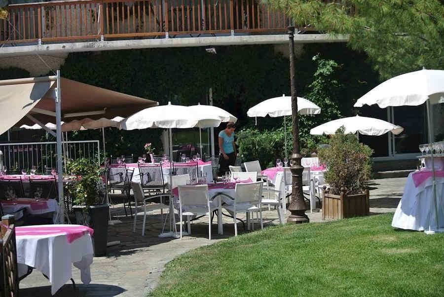 les-bartavelles-hotel-et-spa-terrasse_63