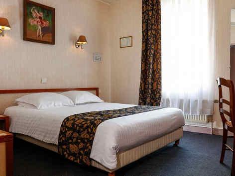hotellevalsainthilairegivethebergement.j