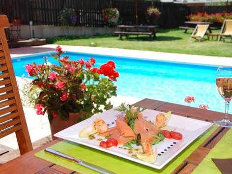 hotel-plein-sud-chantemerle-piscine_5665