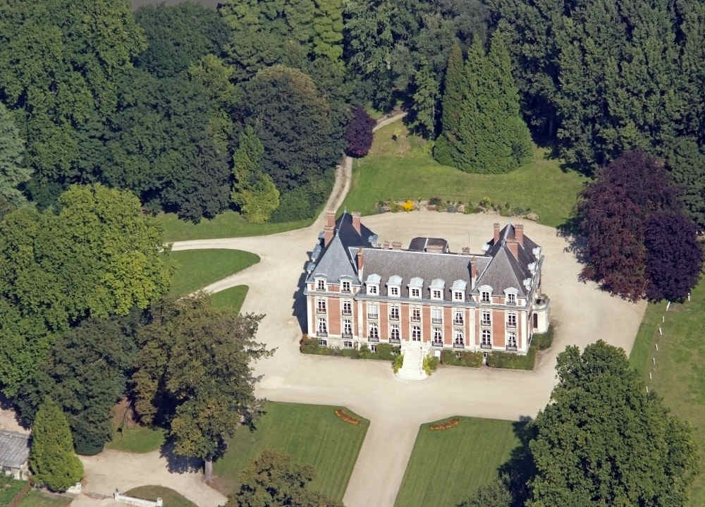 chateau-de-villeneuve-saint-germain-faca