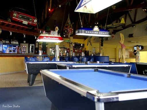 bowlingdemontluconbillards.jpg