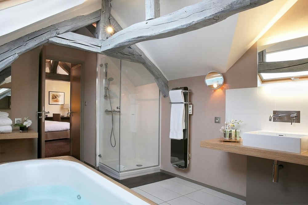 hotel-de-la-poste-and-spa-troyes-salle-d
