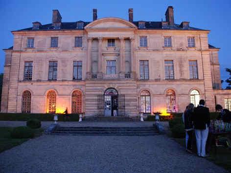 chateau-de-montgobert-exterieur.jpg