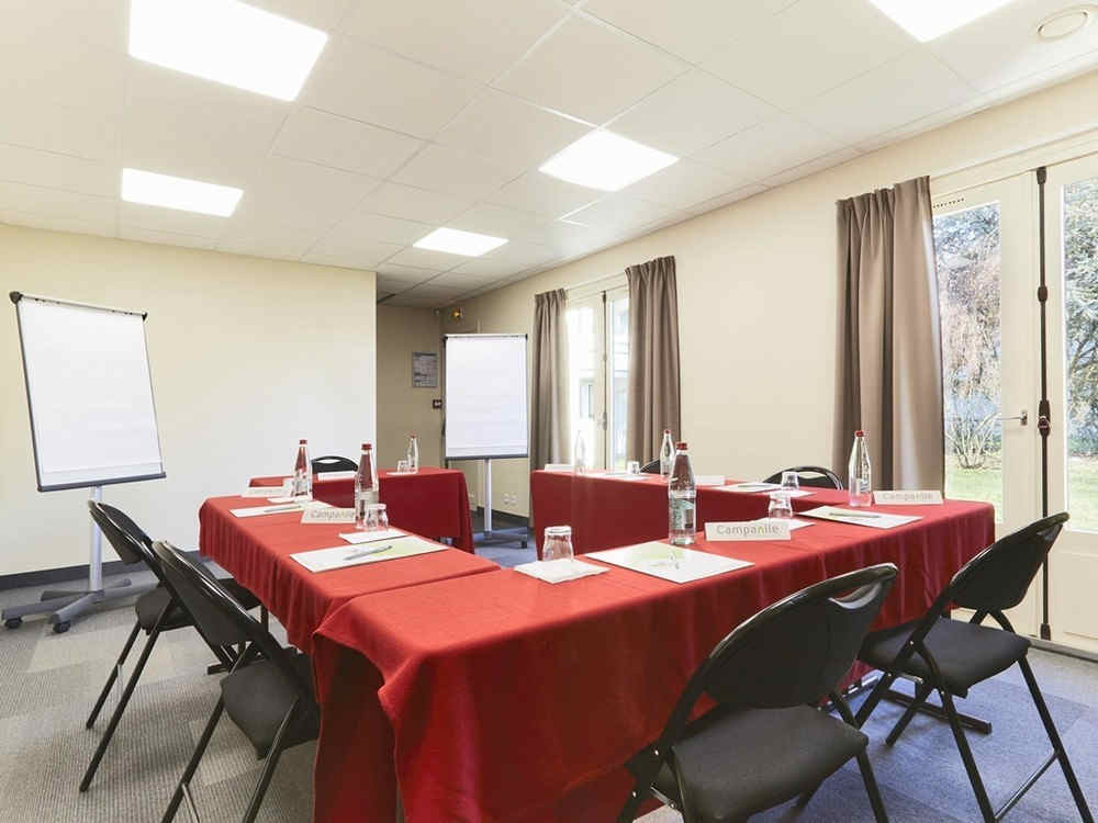 campanile-troyes-sud-salle-seminaire_e-0