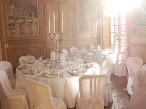 chateau-de-montgobert-salon.jpg