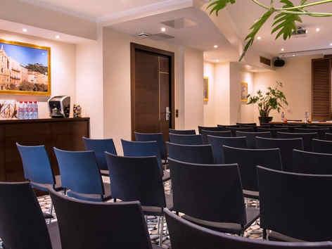 hotel-beau-rivage-nice-salon-saleya-2_e-