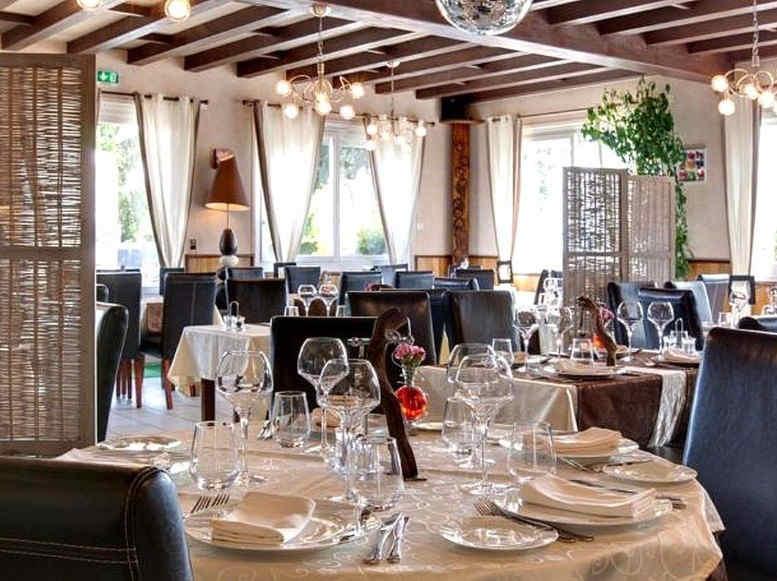 centrotel-et-spa-montmarault-restaurant_