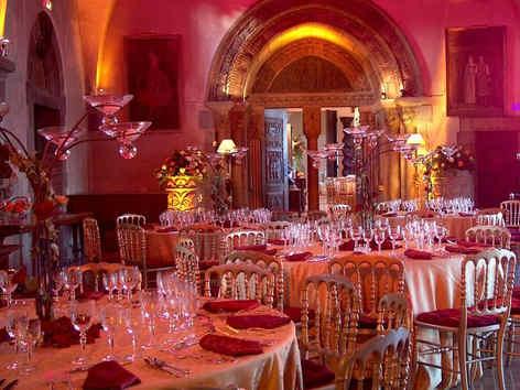chateau-de-la-napoule-banquet.jpg