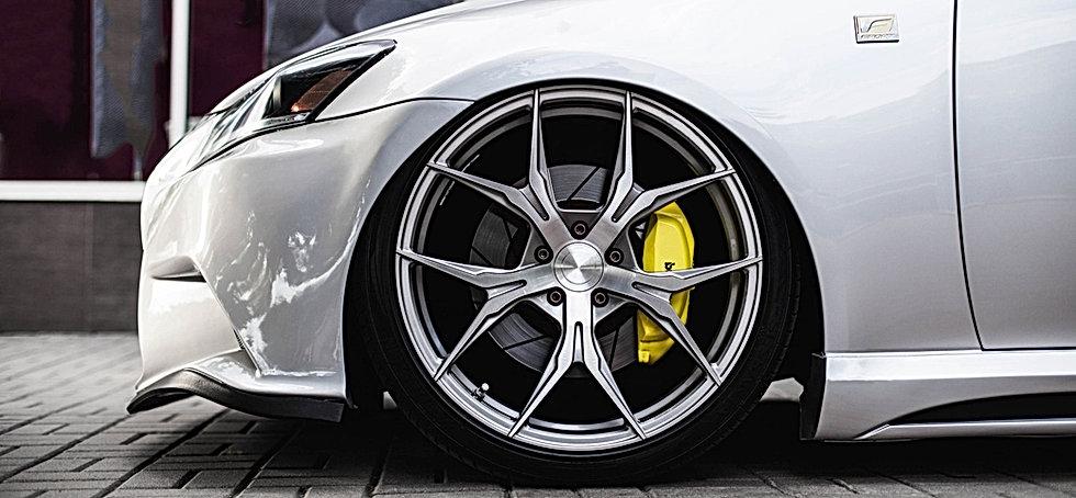 Big alloy wheel on nice car