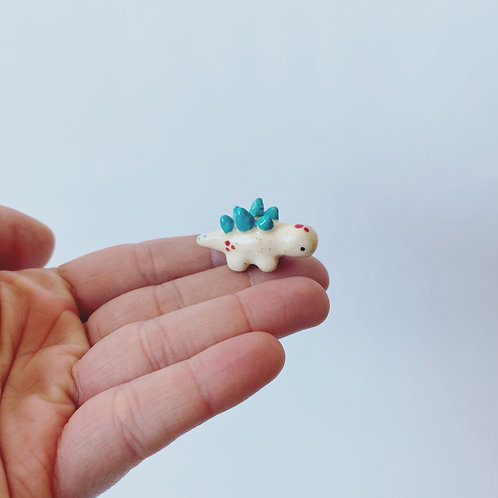 Alex Portela - Tiny Ceramic Stegosaurus (White/Blue)