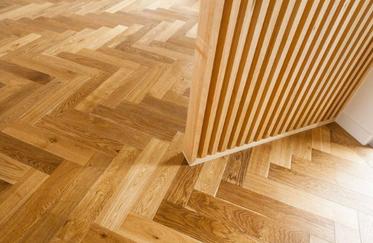 Cognac-herringbone-oak-my-timber-floorin