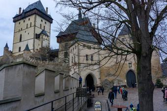 Czech's Crown Jewel: Karlstejn Castle in Winter & Summer