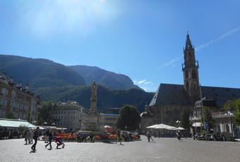 A Day Trip to Italy's Wine Street & Bolzano
