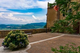 Tuscany's Wine Towns: Pienza, Montepulciano, Montalcino