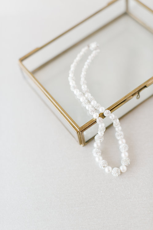 Ollin Necklace
