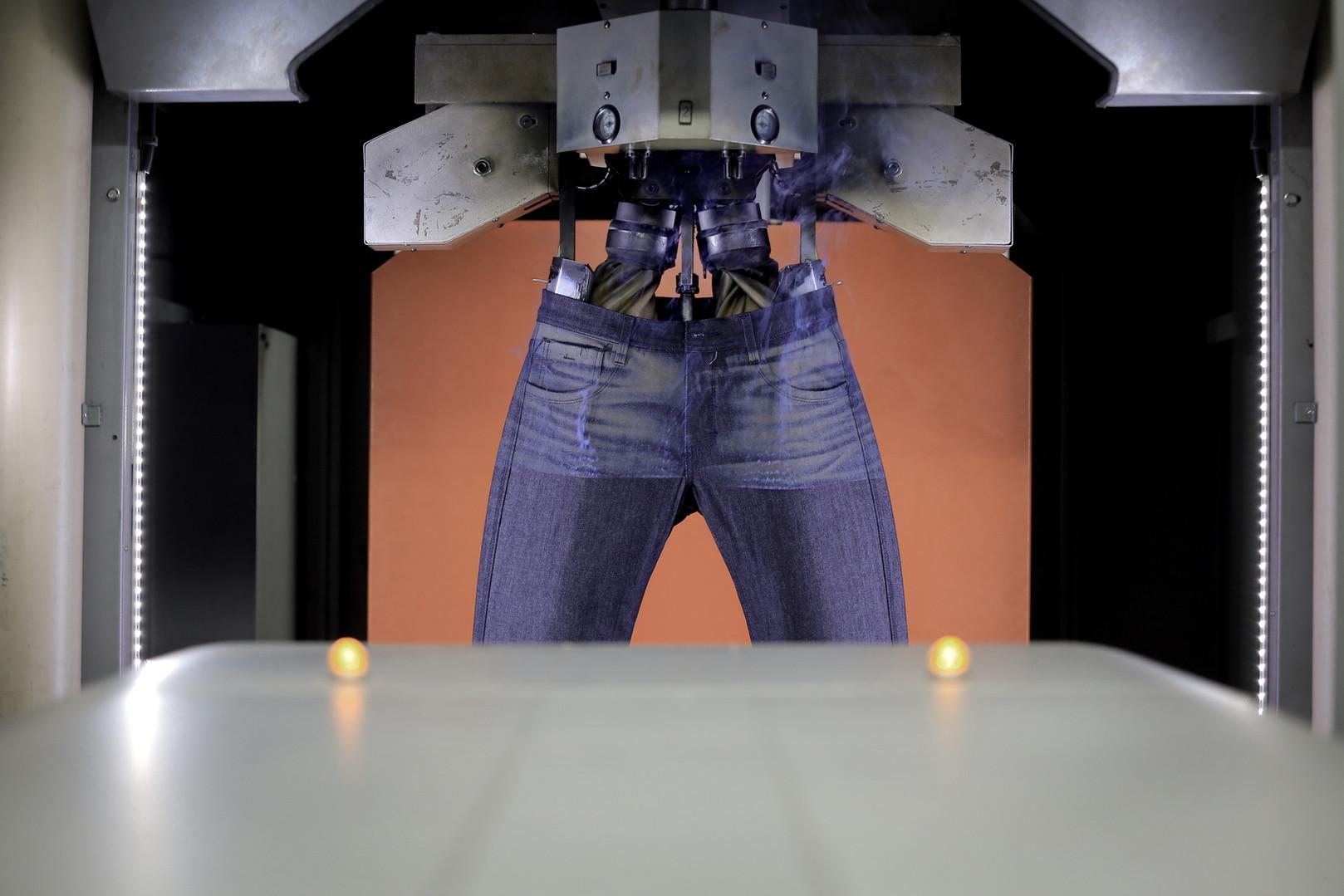 DLZ DEVELOPERS - Laser 1