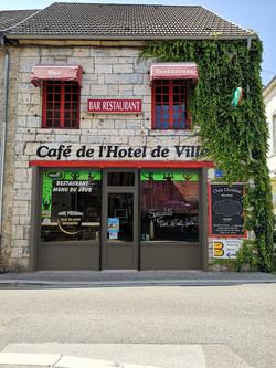 Insertion_Fenêtre-du-Doubs_Hotel_Quingey