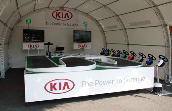 Event-Shelter-Kia-Branded-System.jpg