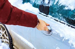 male-hand-unlocking-frozen-car-lock.jpg