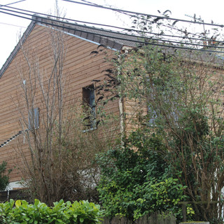 Réalisation d'une surélévation plus combles aménagées, arase du toit réalisation de trois chambres, une salle de bains,un Wc