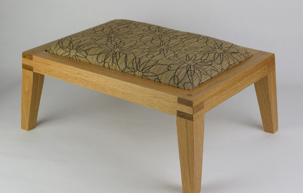 Contemporary in Oak with Swirls Top