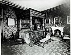 Abney Hall Black Oak bedrrom (no date).P