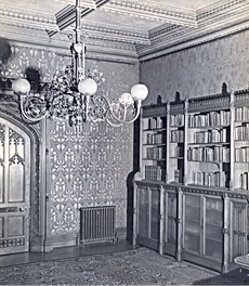 Abney Hall Library 1, 1960.png