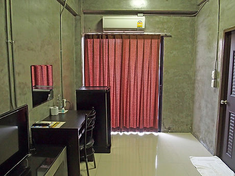 タイ,ホテル,ゲストハウス,観光,予約,部屋,シャワー,エアコン,写真,hotel,thailand,accommodation,โรงแรม,ที่พัก,ロッブリー