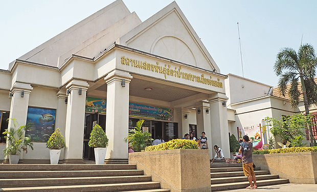 ローエイット,タイ,観光,東北地方,イサーン,ブンパウェート,101,旅行,行き方,地図,祭り,歴史,文化,伝統,ร้อยเอ็ด,บุญผะเหวด,水族館