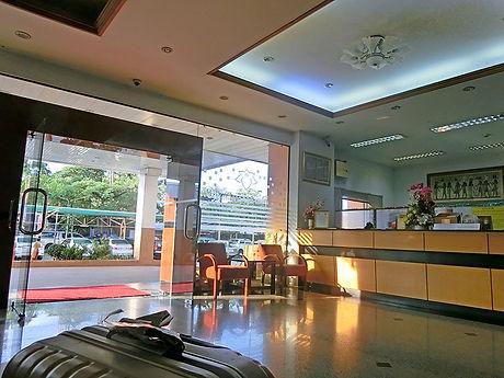 タイ,ホテル,ゲストハウス,観光,予約,部屋,シャワー,エアコン,写真,hotel,thailand,accommodation,โรงแรม,ที่พัก,ヤソートーン