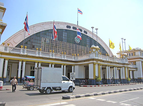 bangkoktrain26.jpg